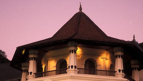 Temple of the Tooth (Sri Dalada Maligawa) Sri Lanka